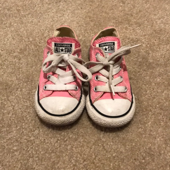 36a43505a2c2 Converse Other - Girls converse pink tennis shoes size 6